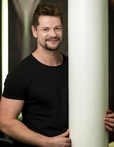Paul Tudor Florinel, cabeza estilista y director de protocolo