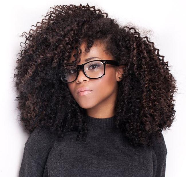 Mujer Emprendedora Rizos y Melenas Curly